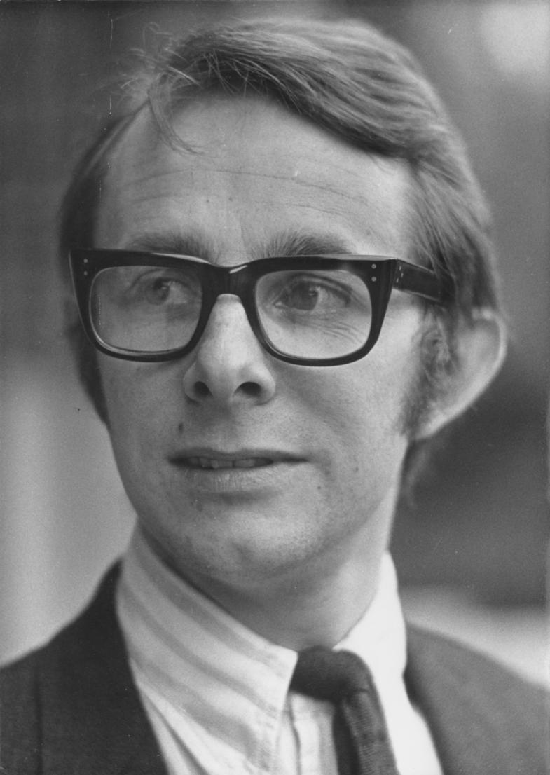 pics Anthony Daniels (born 1946)