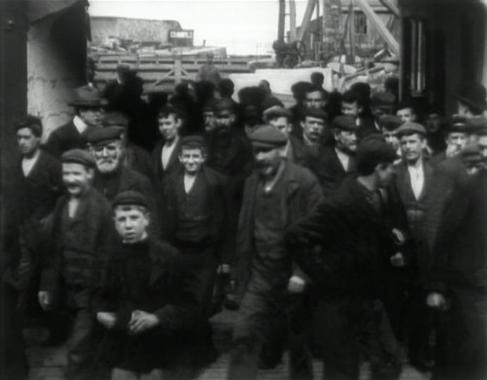 Workforce of Scott & Co. Shipyard, Greenock (1901)