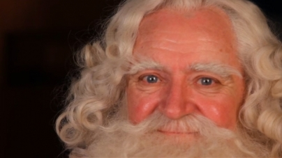 Get Santa cast and crew featurette