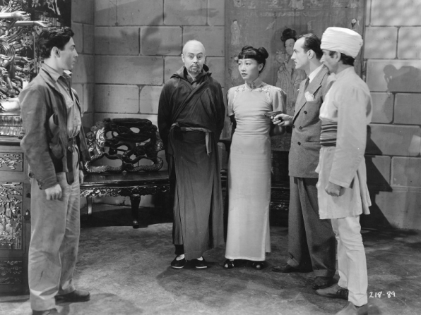 Ned Young, Noel Madison, Anna May Wong, Leslie Denison, Frank Lackteen