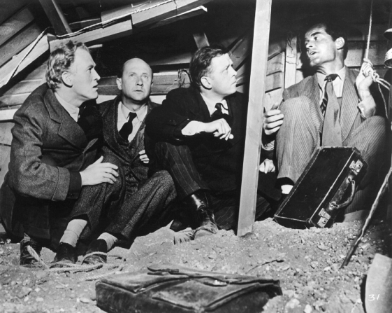 Gordon Jackson, Donald Pleasence, Richard Attenborough, James Garner