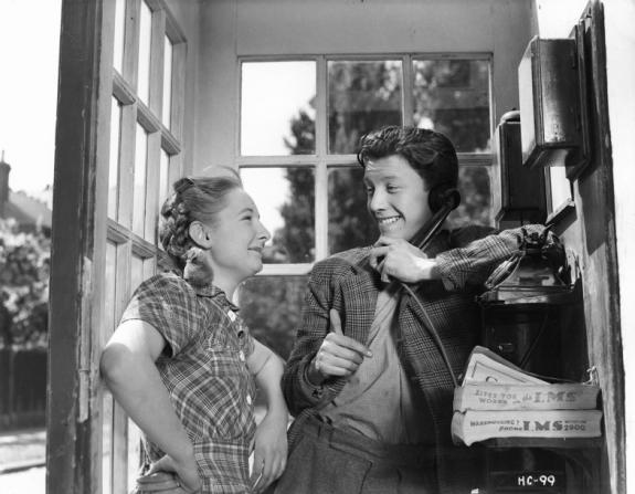 Joan Dowling, Harry Fowler