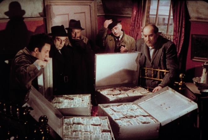 Peter Sellers, Herbert Lom, Cecil Parker, Alec Guinness, Danny Green
