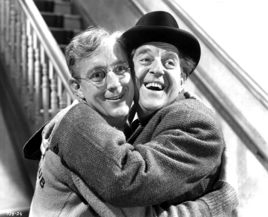 Alec Guinness, Stanley Holloway