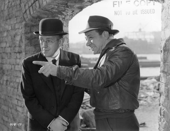 Alec Guinness, Sidney James