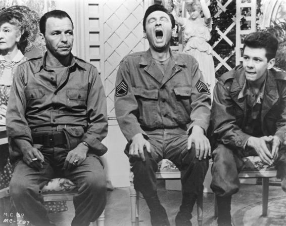 Frank Sinatra, Laurence Harvey, Tom Lowell