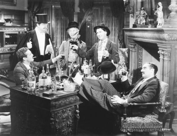 Allan Jones, Harpo Marx, Chico Marx, Groucho Marx
