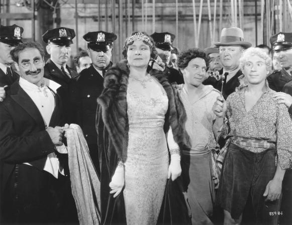 Groucho Marx, Margaret Dumont, Chico Marx, Robert Emmett O'Connor, Harpo Marx