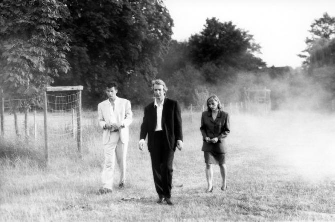 Clive Owen, Alan Rickman, Saskia Reeves