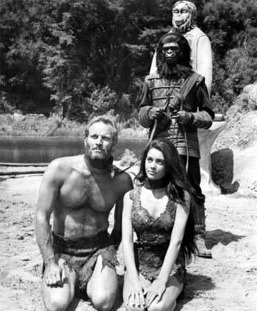 Charlton Heston, Linda Harrison