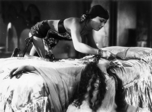 Anna May Wong, Julanne Johnston