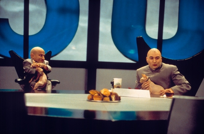 Mike Myers, Verne J. Troyer