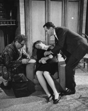 Jack Kruschen, Shirley MacLaine, Jack Lemmon
