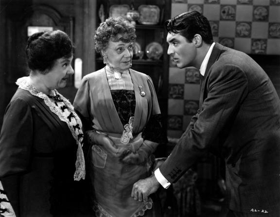 Cary Grant, Josephine Hull, Jean Adair