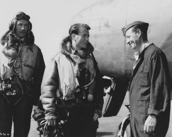 Michael Redgrave, John Mills, Charles Victor