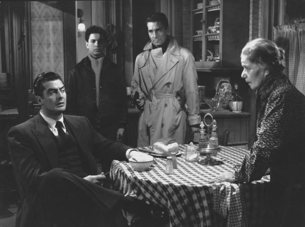 Victor Mature, Richard Conte, Mimi Aguglia, Tommy Cook