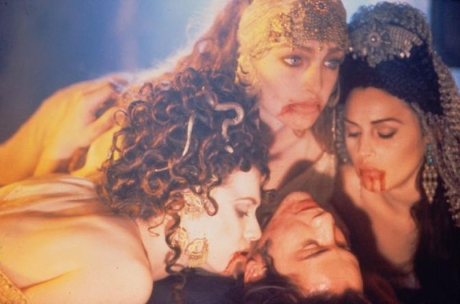 Keanu Reeves, Monica Bellucci, Mihaela Bercu, Florina Kendrick