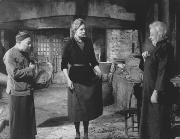 Ingrid Bergman, Athene Seyler