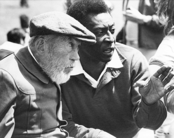 John Huston, Pelé