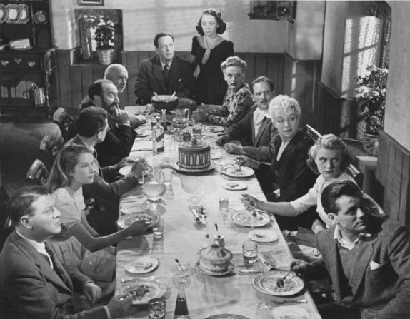 Richard Bird, Sally Ann Howes, Esmond Knight, Tom Walls, Alfred Drayton, Mervyn Johns, Glynis Johns, Valerie White, Guy Middleton, Françoise Rosay, Philippa Hiatt, Pat Mcgrath