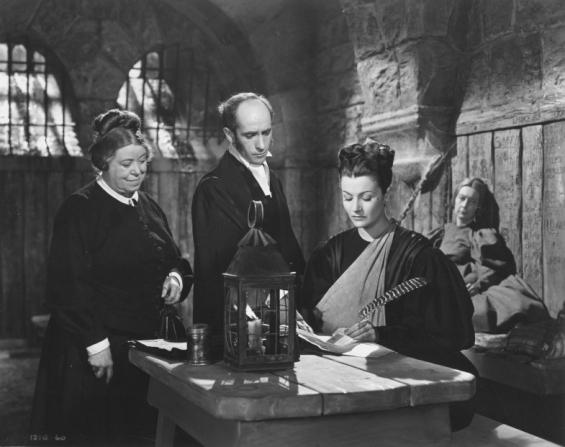 Muriel George, Hugh Pryse, Margaret Lockwood, Esma Cannon