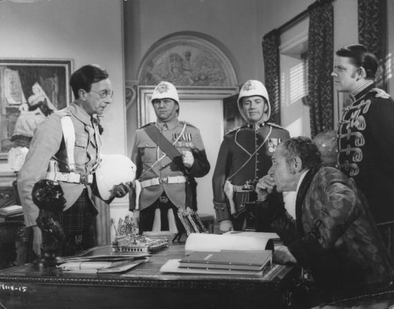 Charles Hawtrey, Terry Scott, Roy Castle, Julian Holloway, Sidney James
