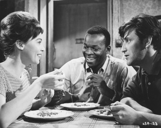 Leslie Caron, Brock Peters, Tom Bell