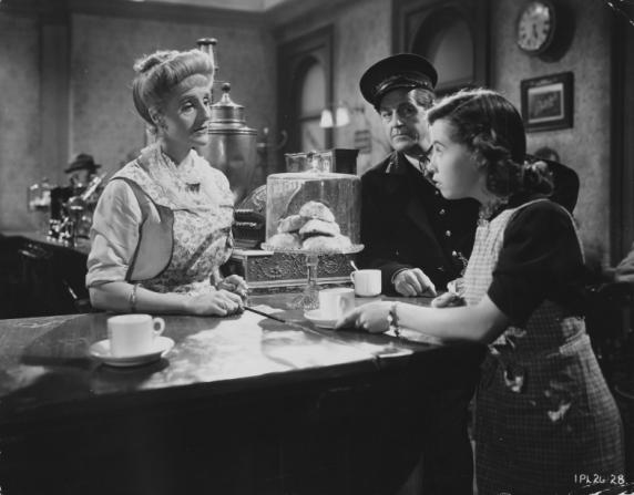 Joyce Carey, Margaret Barton, Stanley Holloway