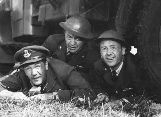Michael Redgrave, Basil Radford, John Mills