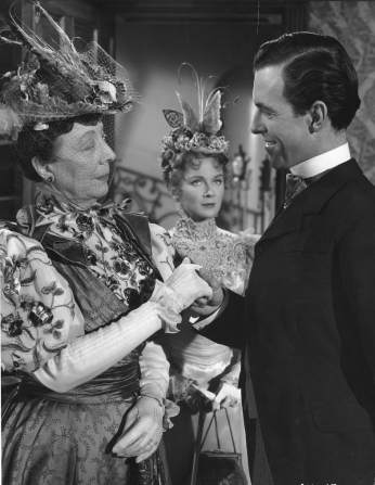 Edith Evans, Joan Greenwood, Michael Denison