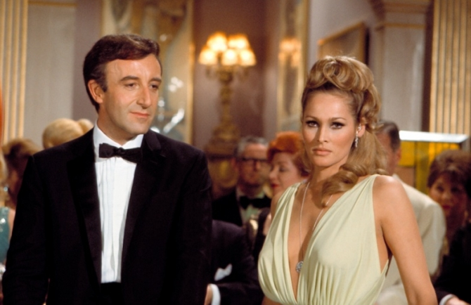 Peter Sellers, Ursula Andress