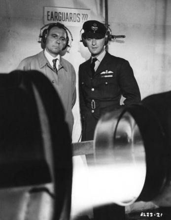 Ralph Richardson, Nigel Patrick