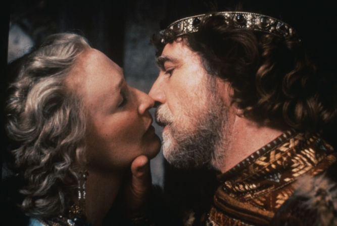 Glenn Close, Alan Bates
