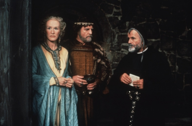 Glenn Close, Alan Bates, Ian Holm