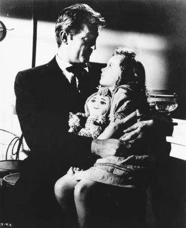 Robert Mitchum, Sally Jane Bruce