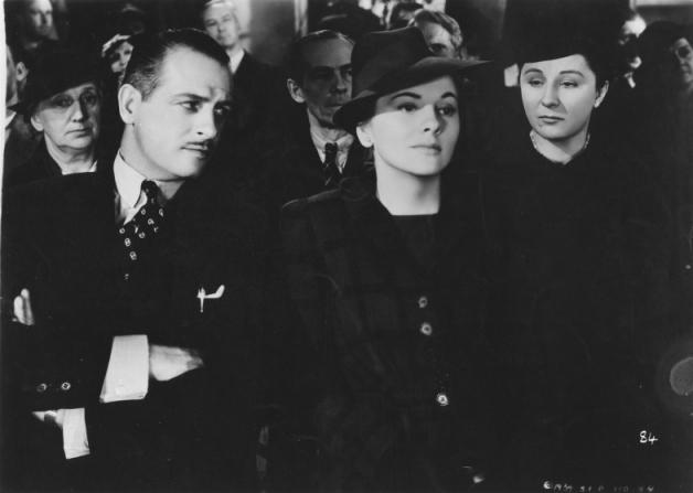 Reginald Denny, Joan Fontaine, Judith Anderson
