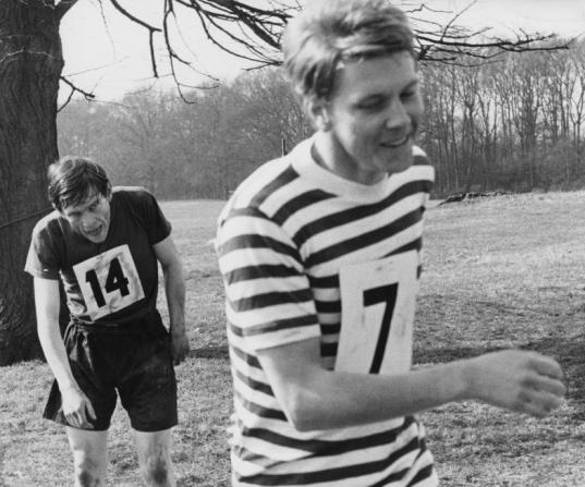 Tom Courtenay, James Fox