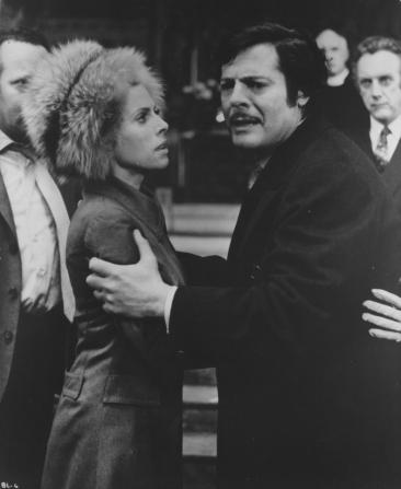 Billie Whitelaw, Marcello Mastroianni