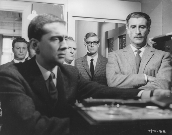 Michael Caine, Gordon Jackson, Nigel Green