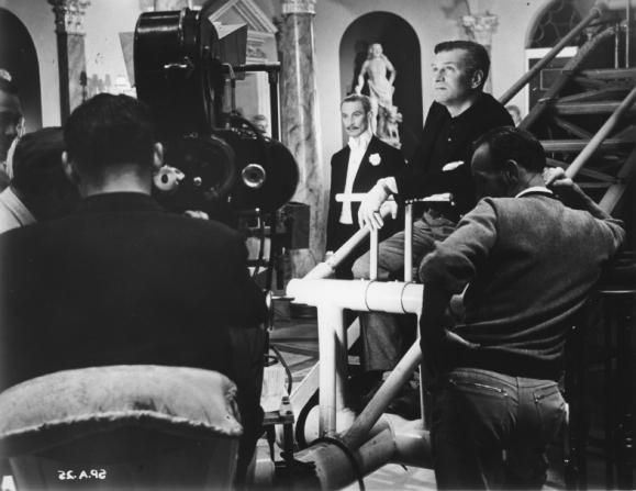 Richard Wattis, Laurence Olivier