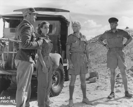 Frederick Jaeger, Sylvia Syms, John Mills, Harry Andrews