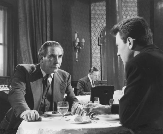 Donald Wolfit, Laurence Harvey