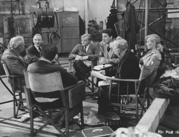 Basil Dearden, Bernard Miles, Leslie Phillips, Peter Sellers, Bill Travers, Virginia Mckenna, Margaret Rutherford