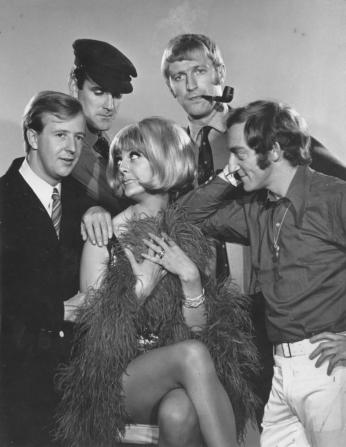 Tim Brooke-taylor, John Cleese, Aimi Macdonald, Graham Chapman, Marty Feldman