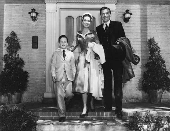 James Mason, Christopher Olsen, Barbara Rush