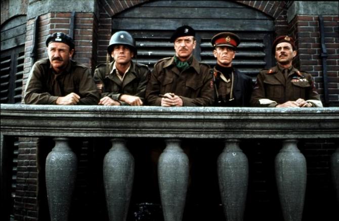 Gene Hackman, Ryan O'neal, Michael Caine, Edward Fox, Dirk Bogarde