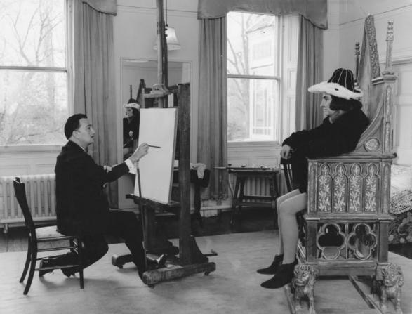 Laurence Olivier, Salvador Dalí