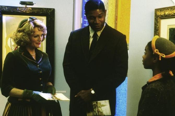 Julianne Moore, Dennis Haysbert