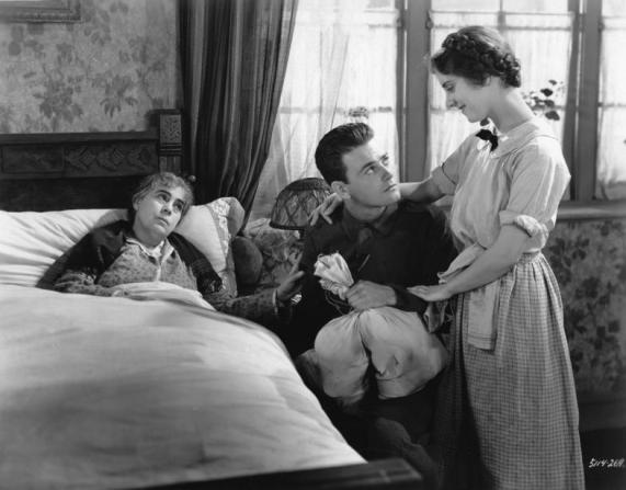 Lew Ayres, Beryl Mercer, Marion Clayton