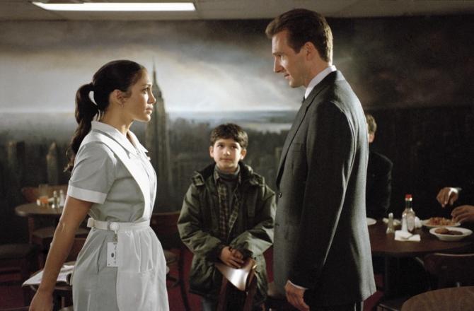 Ralph Fiennes, Jennifer Lopez, Tyler Garcia Posey